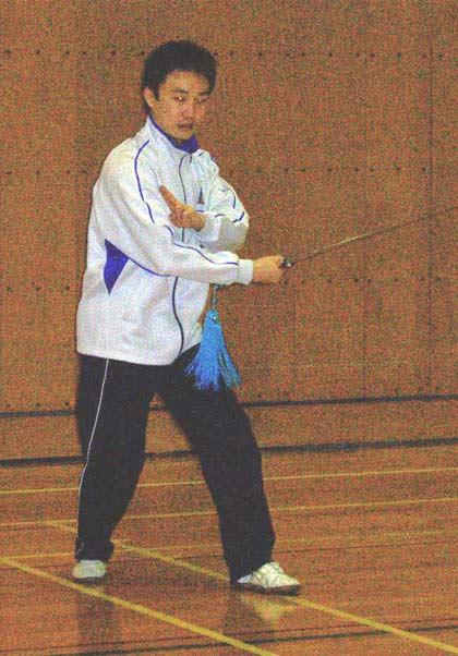 39番目の行歩穿剣(シンブツュアンジェン)