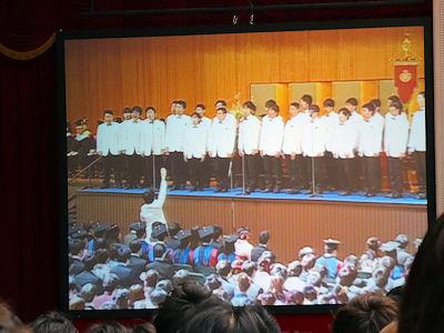 日本の大学 卒業式 05