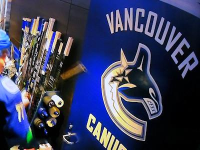 NHL カナックス 開幕戦 05