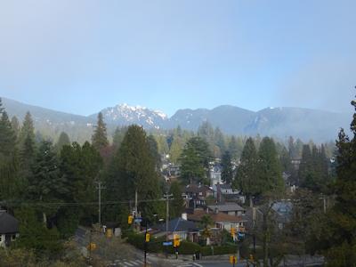 霧のバンクーバー 霧が消えていった
