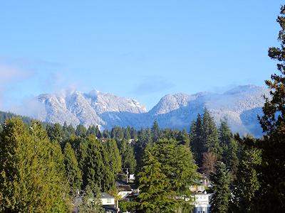 バンクーバー北部の山