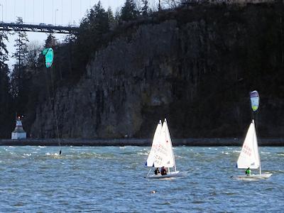 カイトサーフィンとヨット