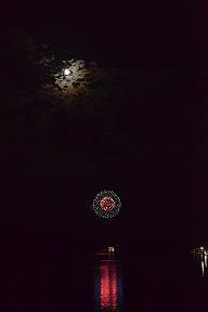 満月 と 打ち上げ花火