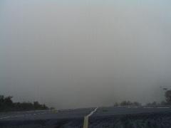 雲の中の五井山4