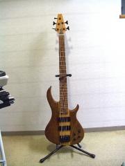 5弦BASS