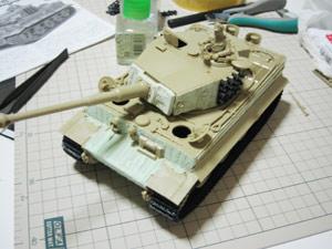 1/35 ドイツ重戦車 タイガーI型(後期生産型)