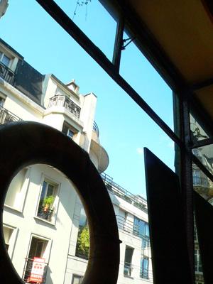 モンマルトルの丘のレストラン(Montmartre)fromパリ