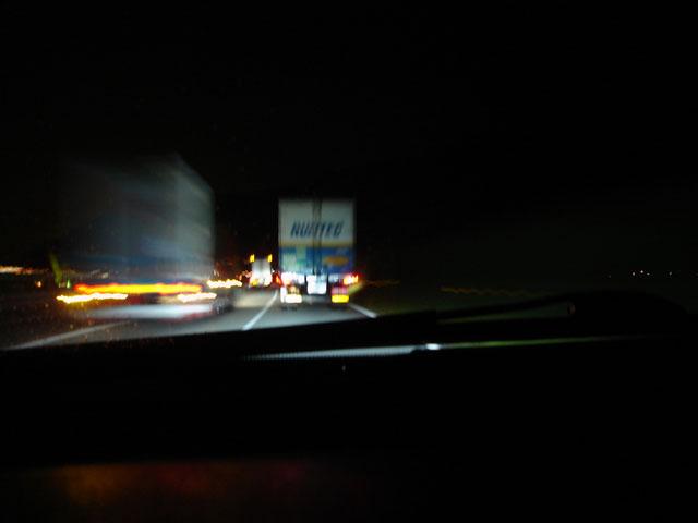 トラックがいっぱい