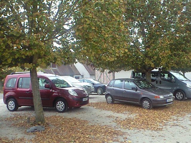 こんなところにクルマを駐車すると