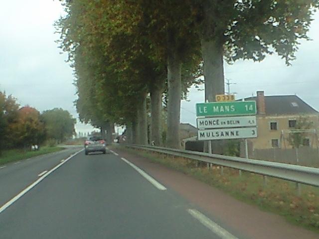 ルマンまで14km