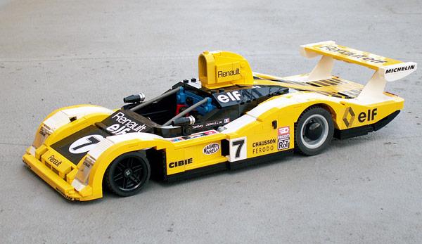 1977年のルマン24時間レースに出場した、Alpine A442です