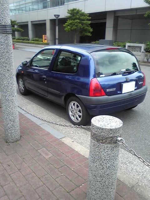 あ、見慣れた車が…