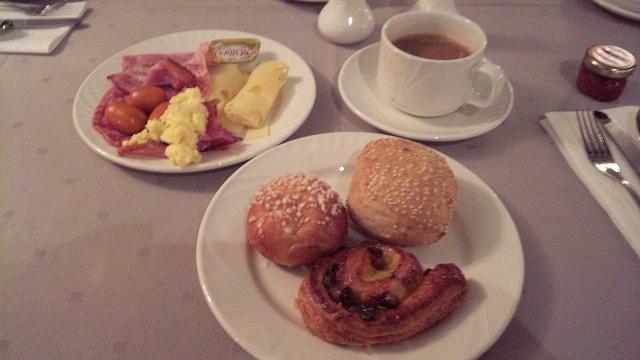 朝食です!バター最高!