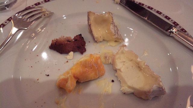 チーズを取り分けてもらいました!