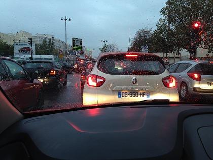 市内は鬼渋滞・・・