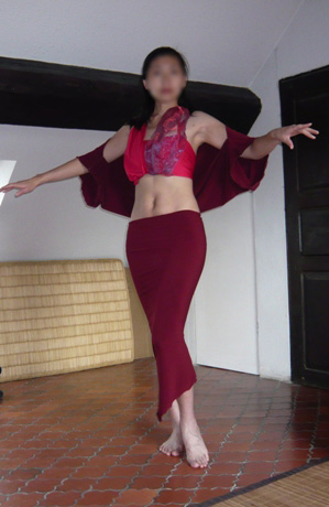ベリーダンス用下ばきスカートとチョリ風ベール