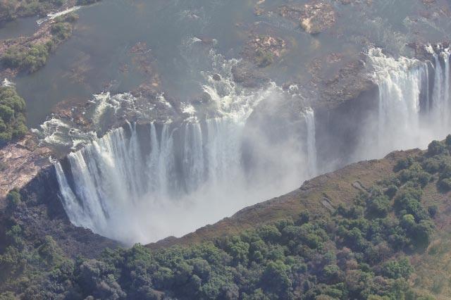 ビクトリアの滝-2.jpg