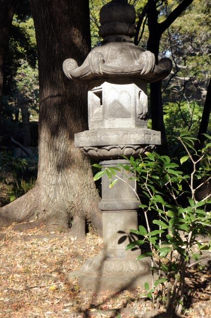 春日型灯篭-1.jpg