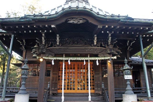 三囲神社-1.jpg