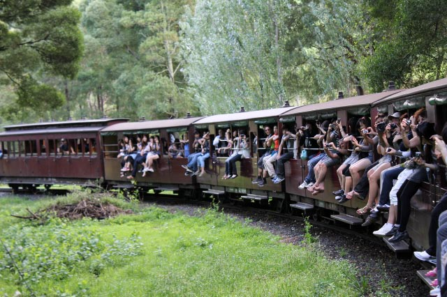 蒸気機関車-2.jpg