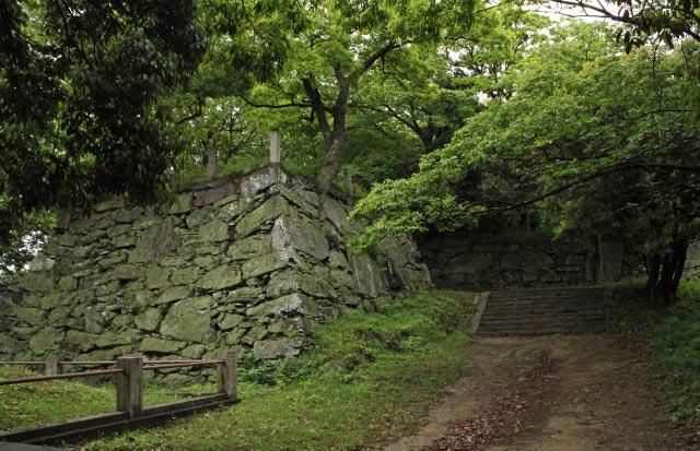徳島城の石垣-1.jpg