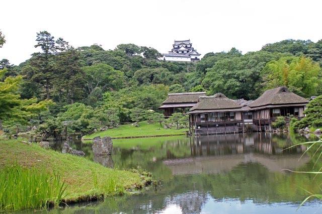 彦根城と庭園-1.jpg