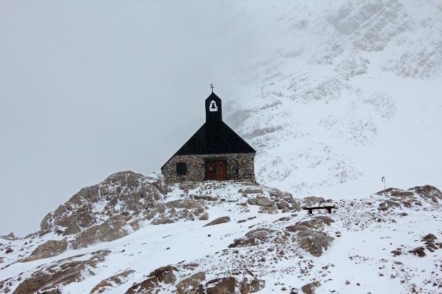 ツークシュピッツェの教会-1.jpg