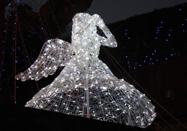 天使-1.jpg