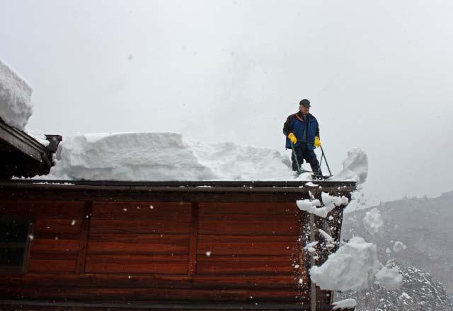 雪降ろし-1.jpg