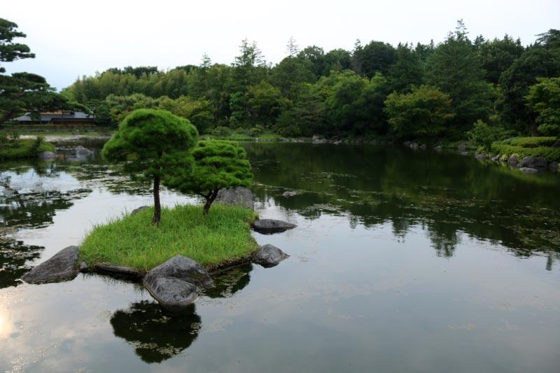 日本庭園-1.jpg