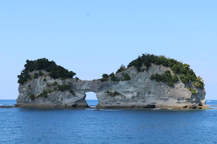 円壮岩-1.jpg