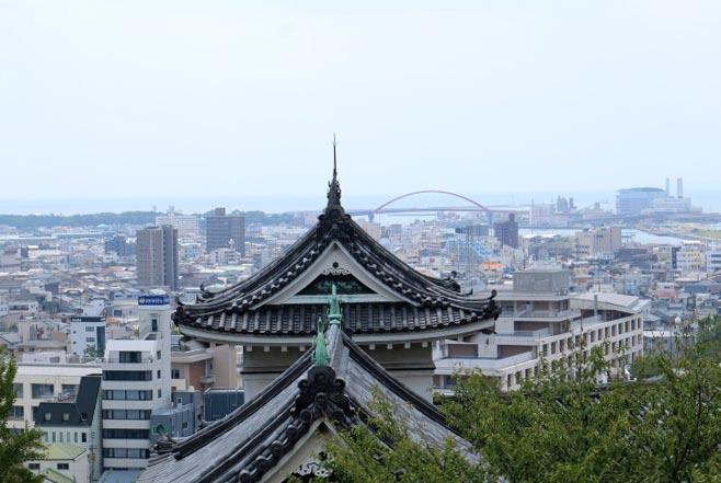 和歌山城-1-1.jpg