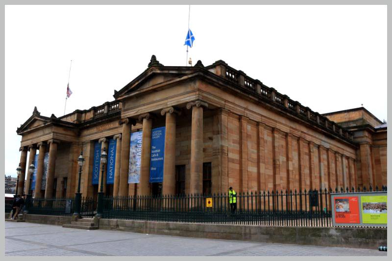 スコットランド市庁舎-1.jpg