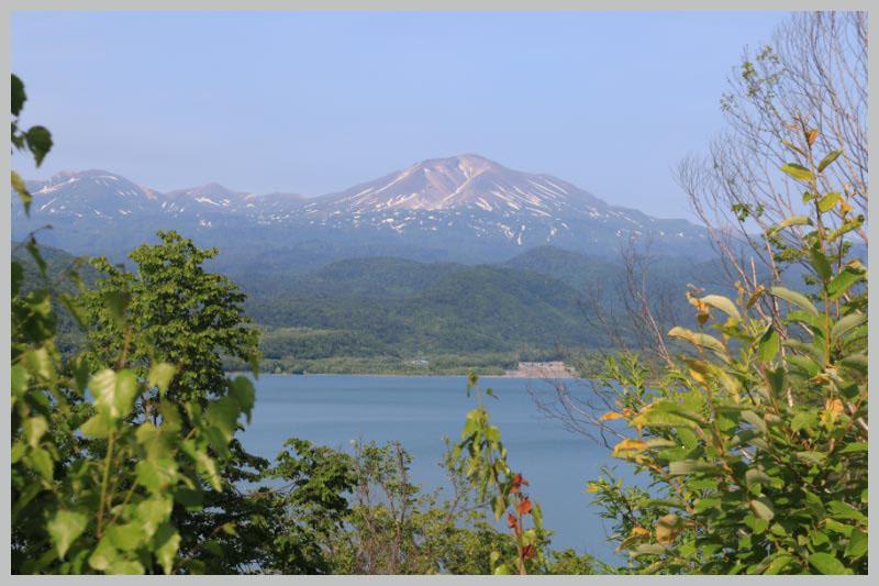 忠別大橋から見た旭岳-1.jpg