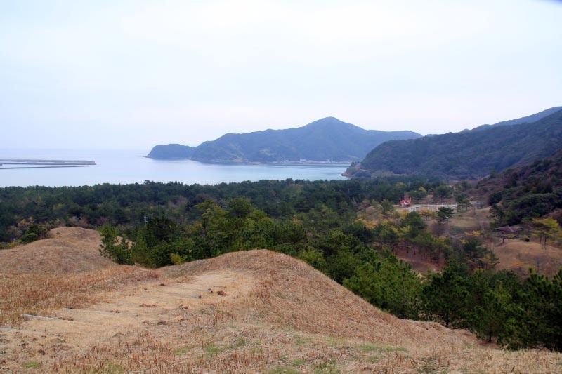 由良が浜万葉公園と砂丘-1.jpg