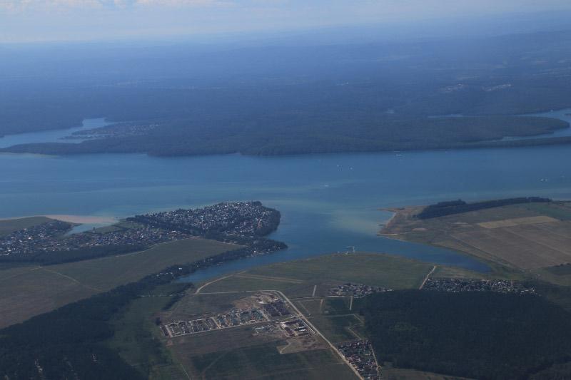 飛行機から見たバイカル湖-1.jpg