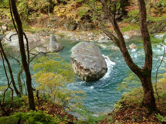 呉座の石-1.jpg