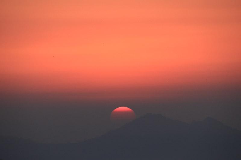 日の出-1.jpg