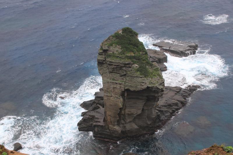 立神岩アップ-1.jpg