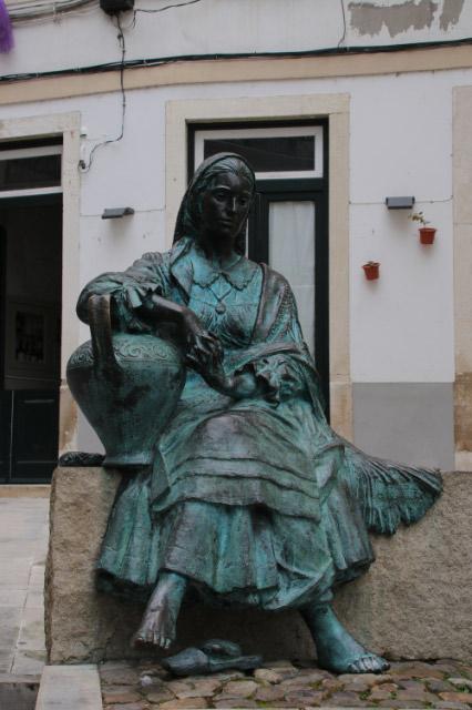 ポルトガルの洗濯女-1.jpg