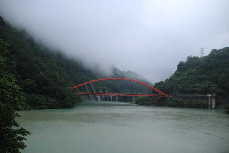 湖面橋.jpg