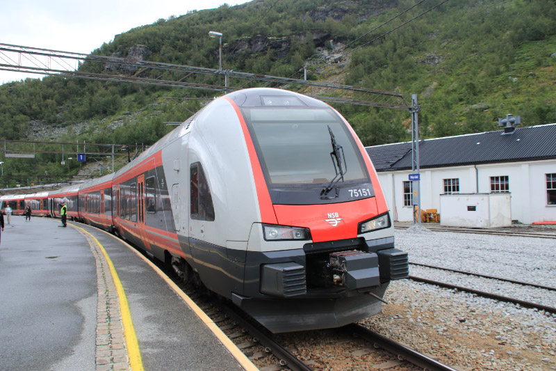 鉄道-1.jpg