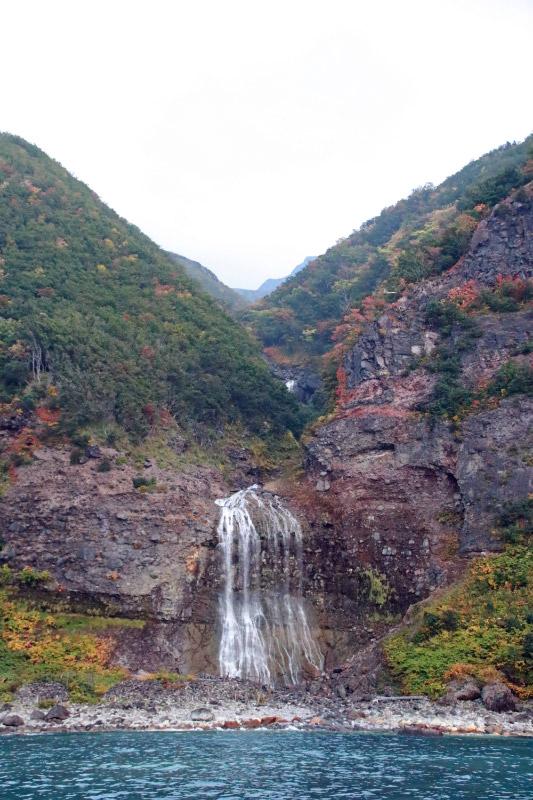 カムイワッカの滝-1-1.jpg