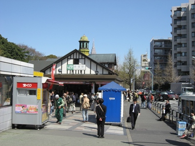 JR原宿駅
