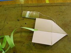 飛行機凧を作ろう