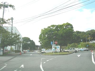 駅ロータリー入口