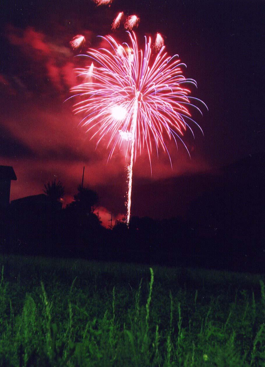 祭りの花火.jpg
