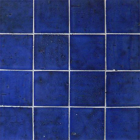 キッチンの青いタイル