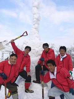十日町市枯木又で試作した雪の塔