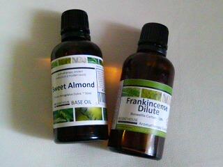 フランキンセンスオイル&スィートアーモンドオイル
